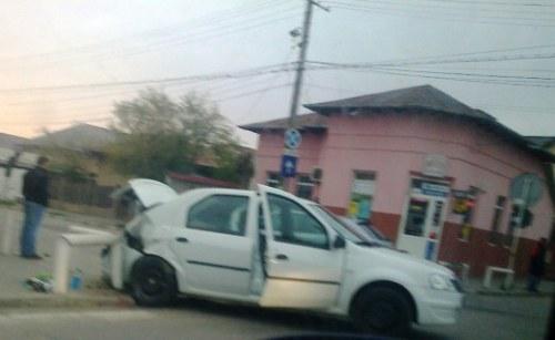 """Aceeaşi intersecţie de la Volna, aceleaşi """"obişnuite"""" accidente"""