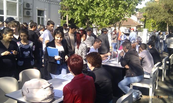 40 de persoane au fost angajate, pe loc, la Bursa Generală a Locurilor de Muncă  din Călăraşi și Oltenița