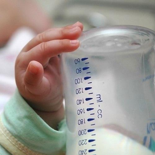 Laptele praf gratuit nu a mai ajuns la sugarii din județul Călărași, de două luni de zile