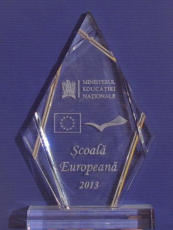 """Școala""""Nicolae Titulescu"""" Călărași a obținut titlul  """"Școală Europeană"""""""