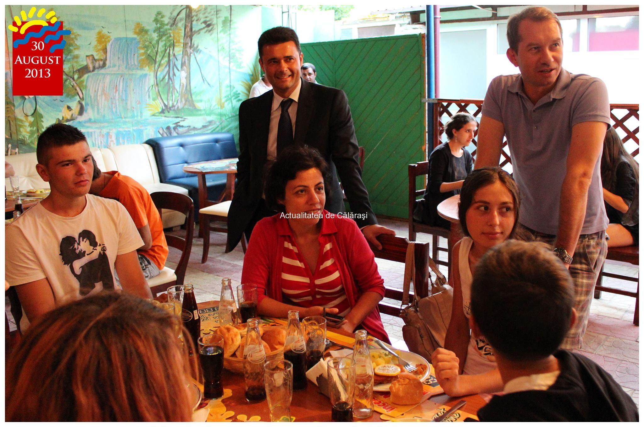 Deputatul PSD Daniel Florea a oferit primilor 30 de tineri din judeţul Călăraşi cu rezultate bune la învătătură un sejur de câteva zile pe litoral