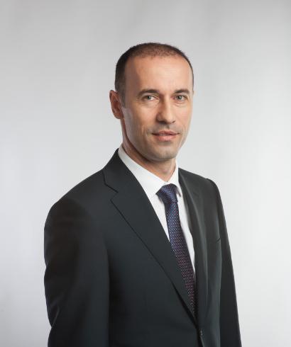 Iulian Dumitrescu, senator PNL: Victor Ponta pare copilotul FMI la conducerea României