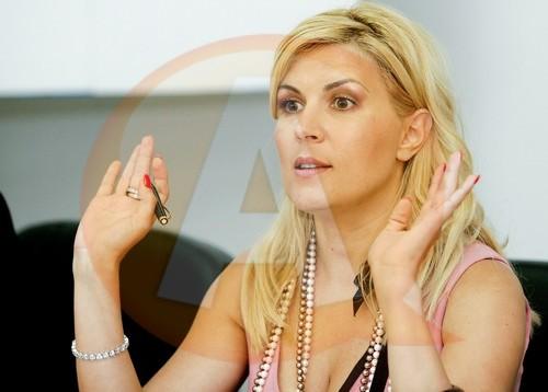Elena Udrea aşteptată la Călăraşi, la acţiunea organizată de Mişcarea Populară