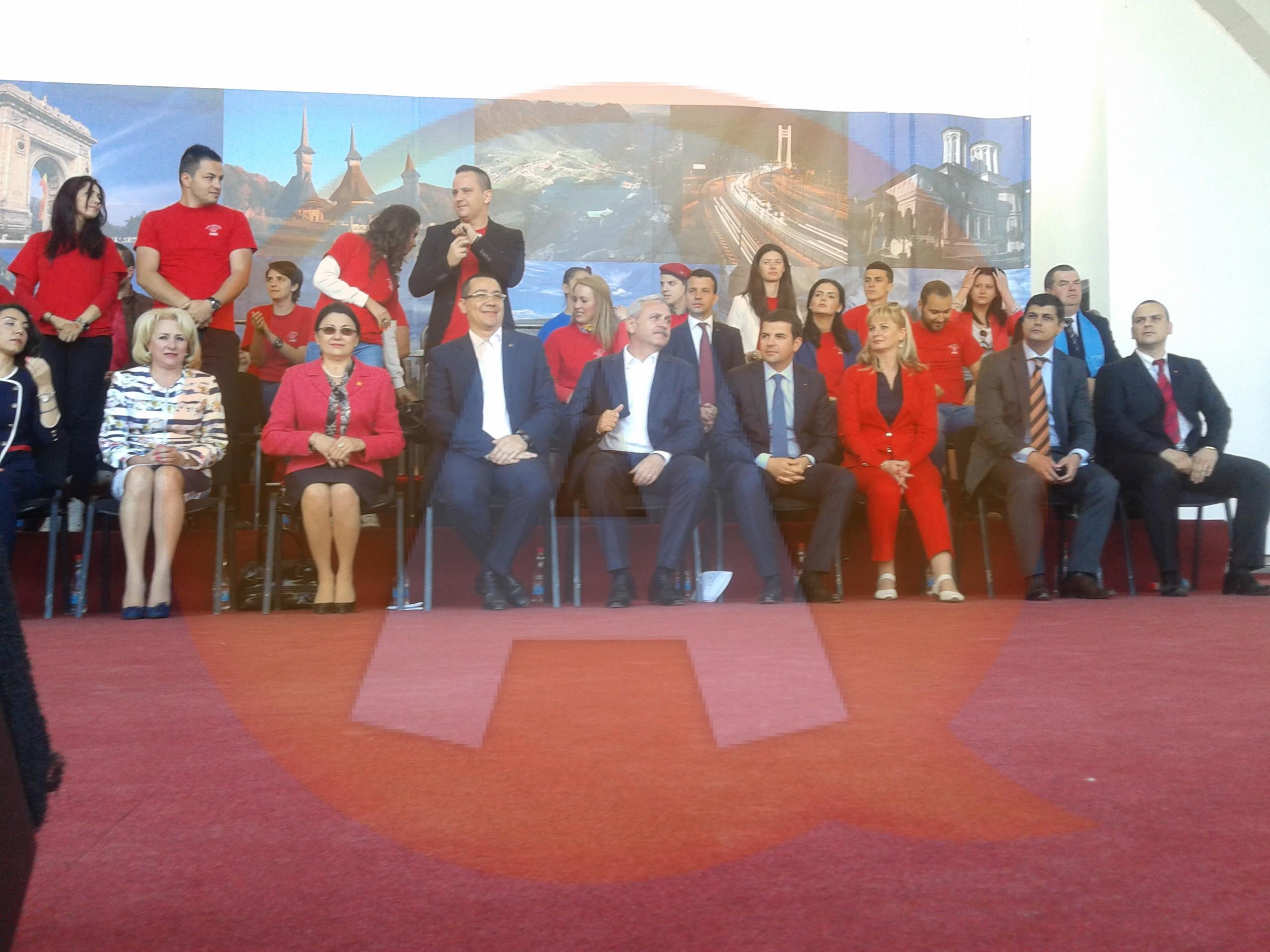 """Victor Ponta, în campanie electorală la Călăraşi:,,Facem dreptate, până la capăt!"""""""