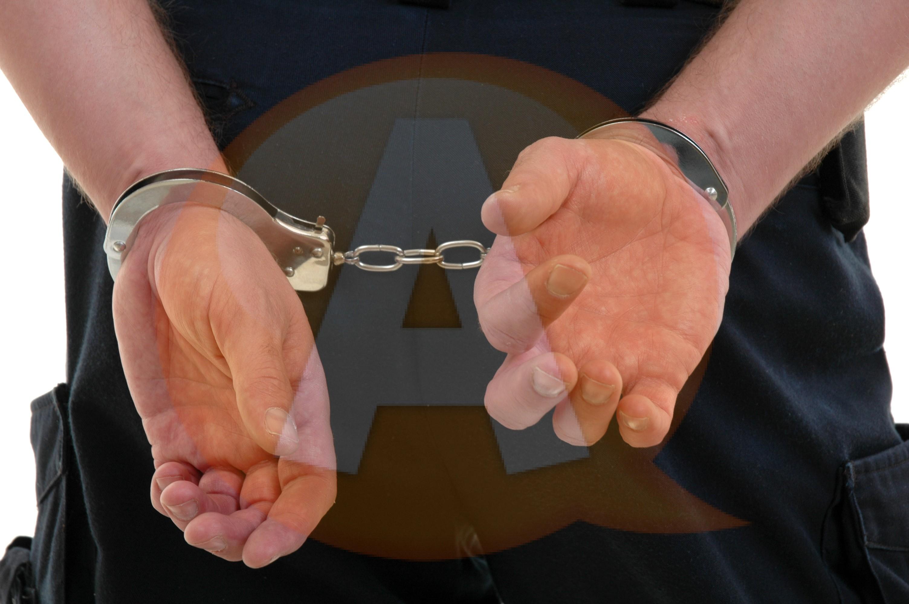 Bărbat de 63 de ani suspect de crimă, arestat de poliţiştii călărăşeni