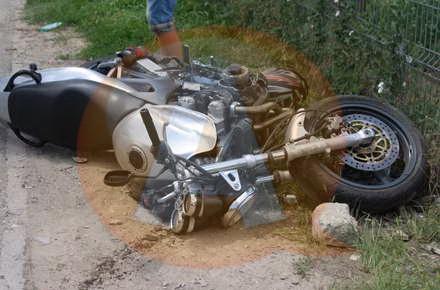 Motociclist, accidentat de conducătorul unei autoutilitare, în Călăraşi
