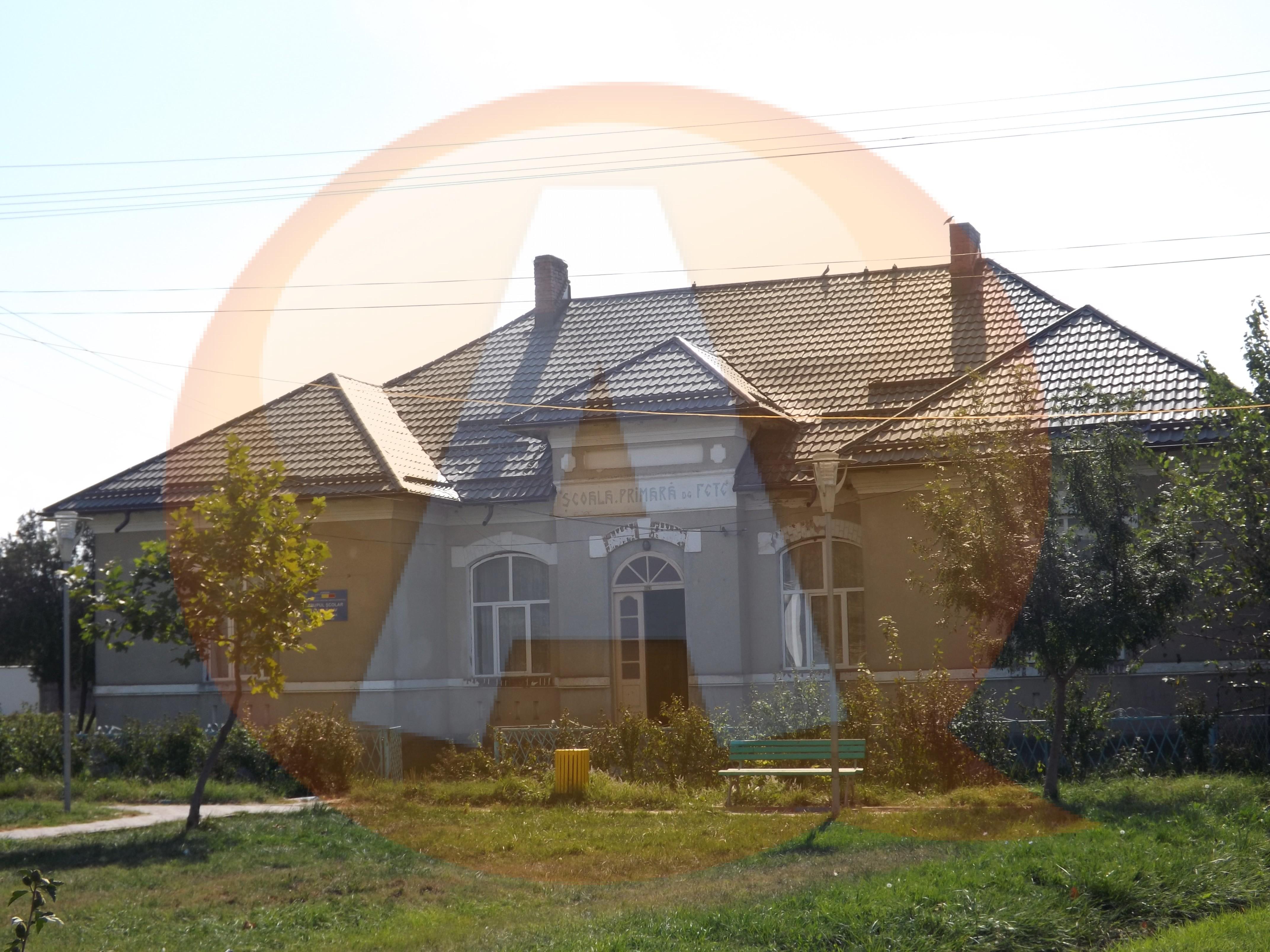 A  început școala/ 61 de clădiri nu au autorizație de funcționare, în județul Călărași