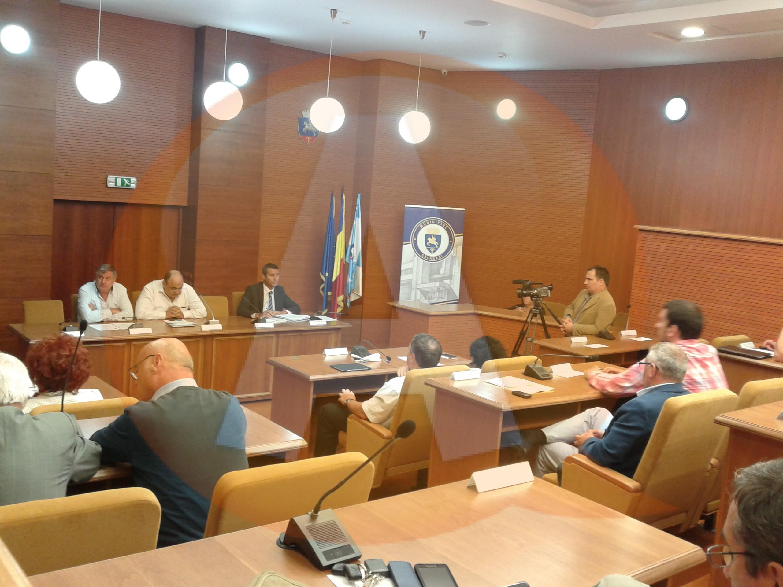 Joi, 18 iulie, Consiliul Local al municipiului Călăraşi se convoacă, în şedinţa ordinară