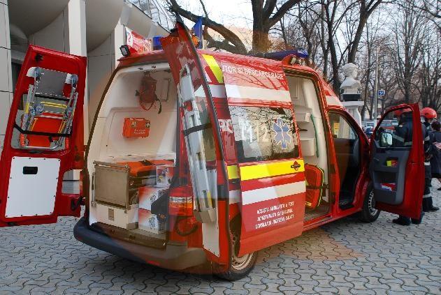 O fetiță de 7 ani a fost accidentată, aproape de școală, în Dor-Mărunt