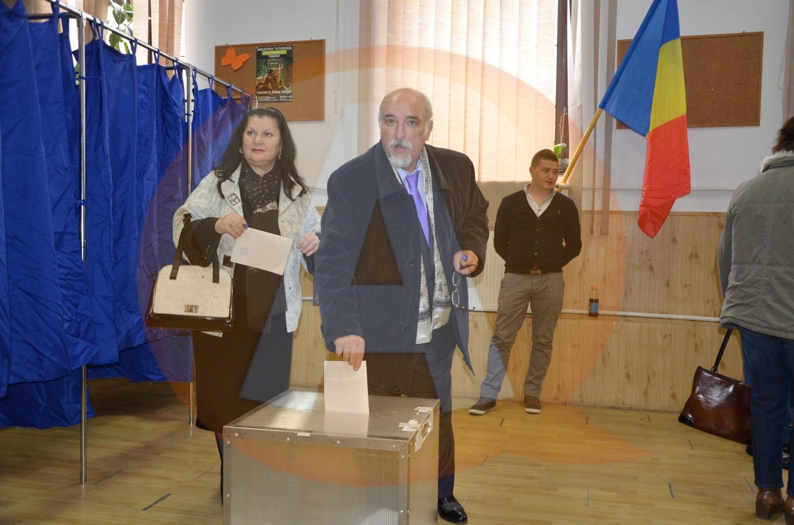 """Răducu Filipescu: """"Am votat pentru simplul fapt că toţi românii, oriunde ar fi ei, au dreptul să voteze!"""""""