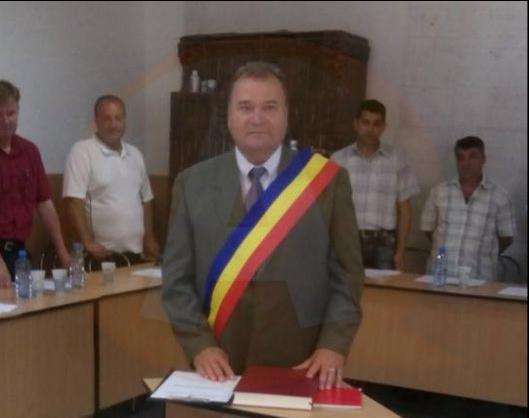 Nicolae Râjnoveanu a depus, pentru a 5-a oară, jurământul de primar al comunei Roseți