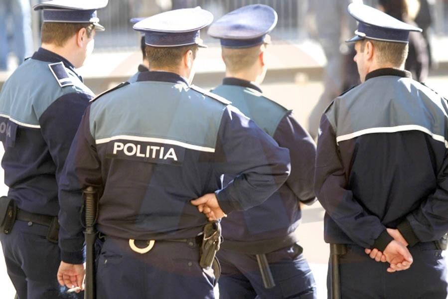 În acest week-end prelungit, efective mărite de polițiști patruleaza pe străzile Călărașiului