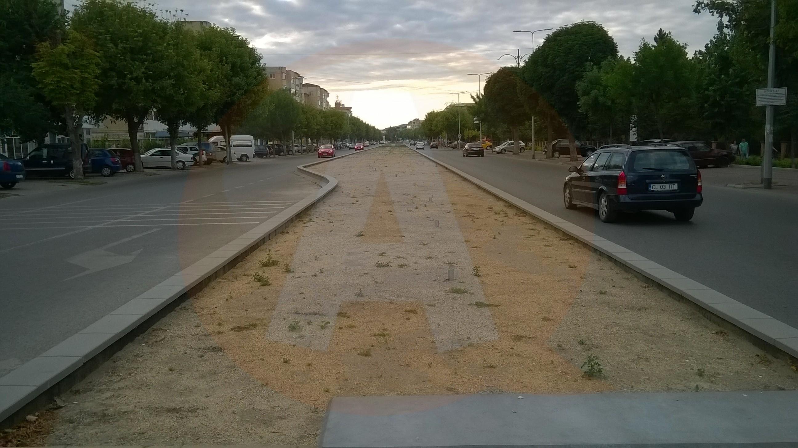 Scuarul de pe strada Bucureşti va fi finalizat în toamnă