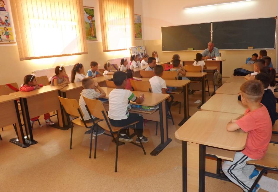 Școlile se deschid pe 8 februarie/ În ce condiții se întorc elevii la cursuri