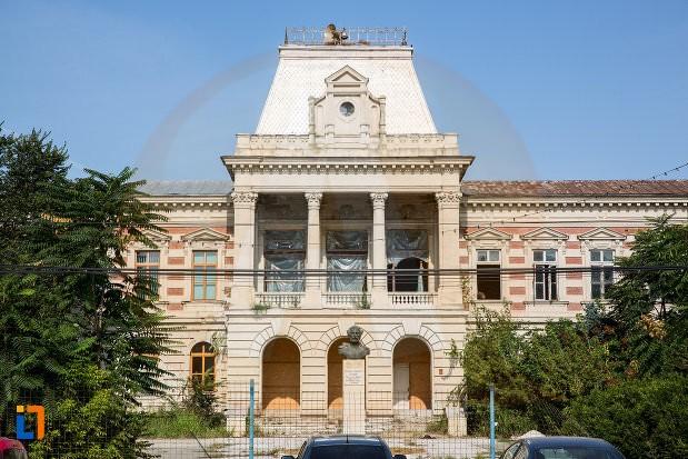 Pe teritoriul județului Călărași, 2242 persoane se află în autoizolare