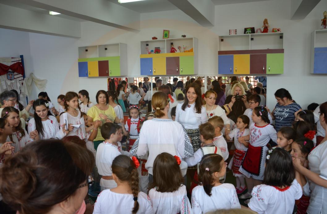 """Proiect Educațional Transfrontalier România-Rep. Moldova – """"La fântâna cea română"""""""