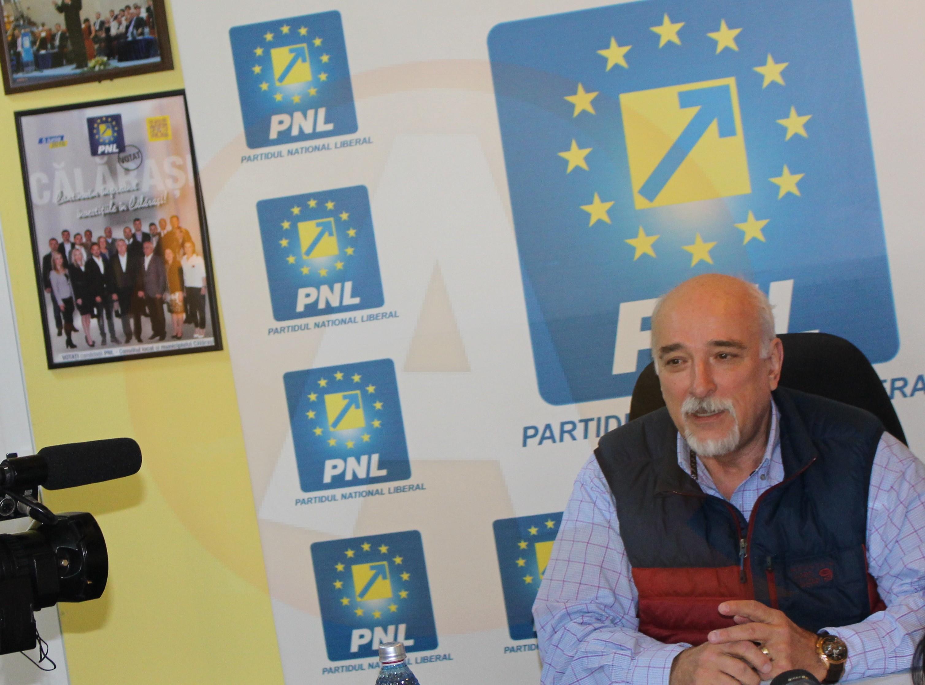 """Senator Filipescu: """"Chiar nu cred că oamenii vor să audă acum declarații electorale"""""""