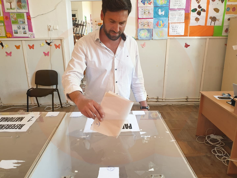 """Primarul comunei Borcea: ,,Am votat cu gândul la toți călărăşenii şi la toți românii care au aşteptări mari de la aleşii lor"""""""