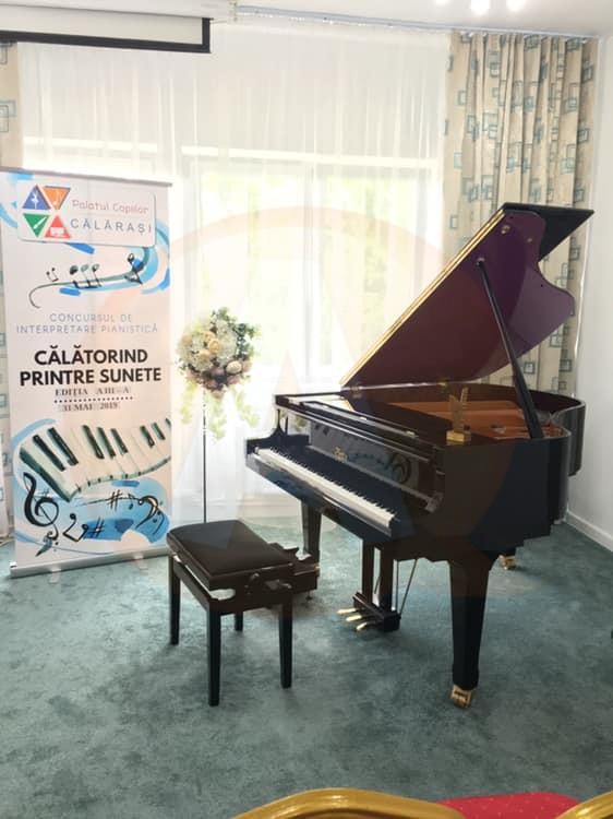 """Micii pianiști au fost ,,Călători printre sunete"""",  la Palatul Copiilor Călărași"""