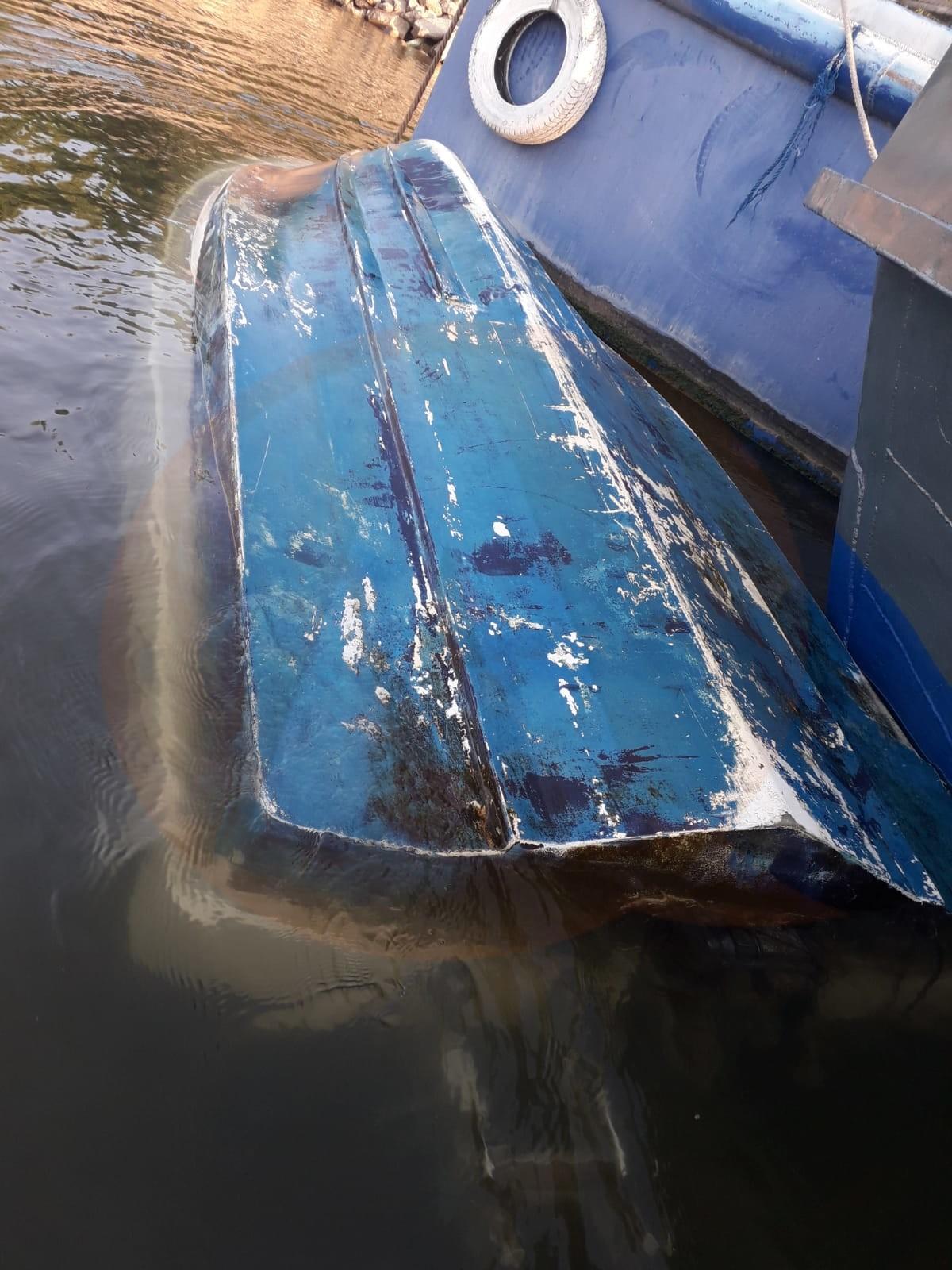 Barcă răsturnată pe Dunăre/ 4 persoane implicate, una dispărută