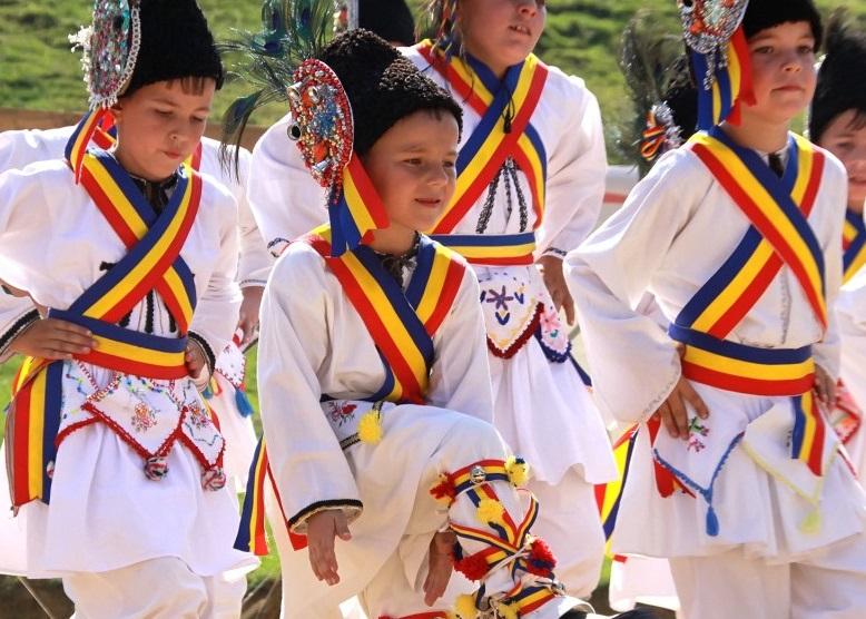 Tradiții românești și nu numai