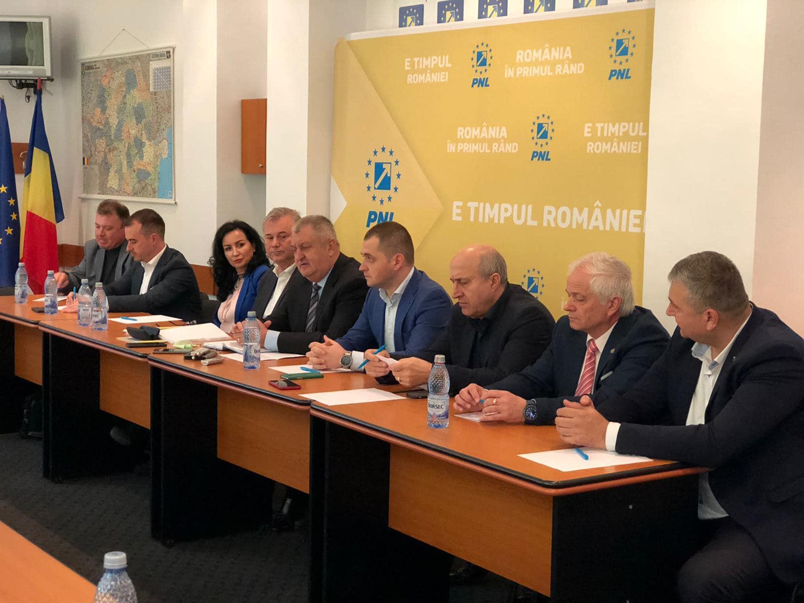 4 primari PSD și-au arătat intenția de a veni în PNL Călărași