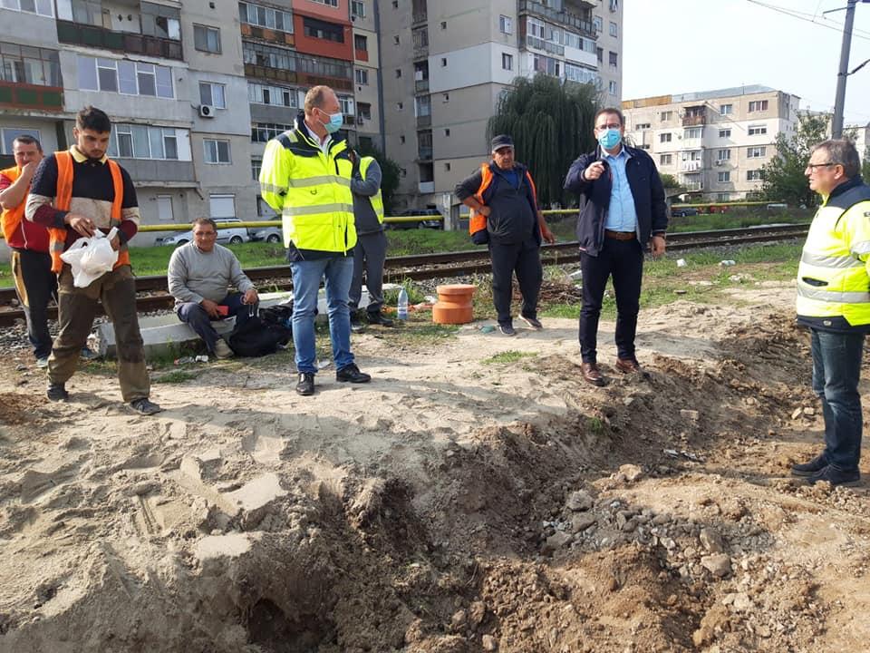 Primarul Marius Dulce a ieșit pe teren, pentru a verifica lucrările aflate în derulare