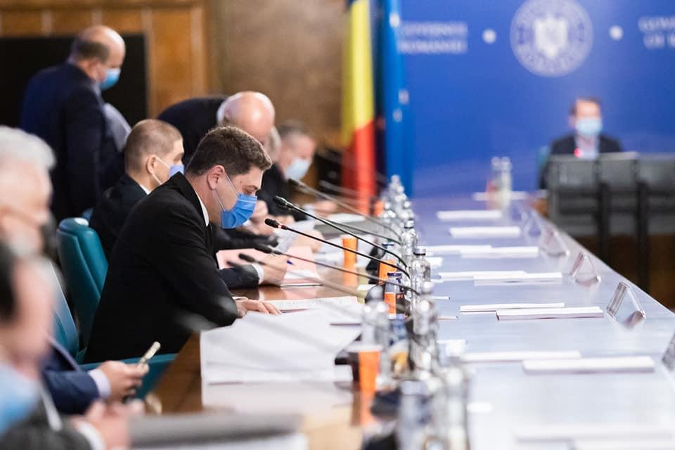 """Secretar de stat, Marius Micu: ,,Trei acte normative esențiale au fost adoptate pentru desfășurarea activităților din agricultură"""""""